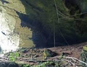 Пещеры Ниа, Саравак